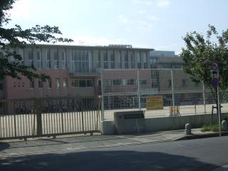 調布市立調和小学校写真1