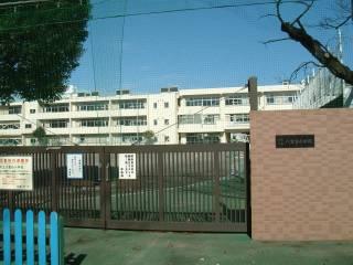 調布市立八雲台小学校写真1